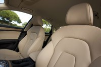2013 Audi A4 front seats
