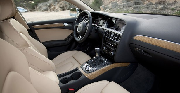 2013 Audi A4 interior