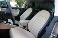 2013 Volkswagen CC front seats