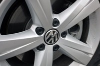 2012 Volkswagen Passat wheel