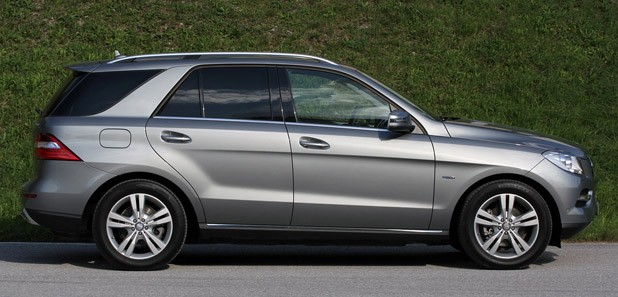 2012 Mercedes ML350 BlueTEC side view