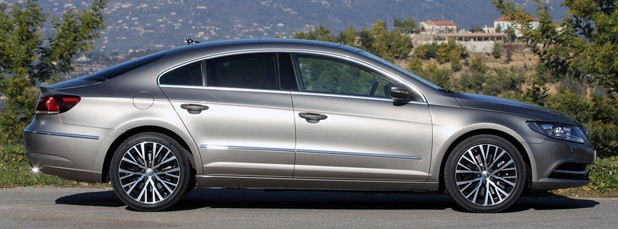 2013 Volkswagen CC side view