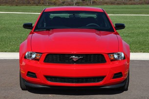 2012 Ford Mustang V6 front view