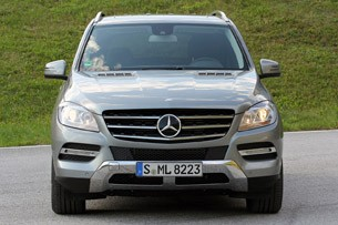2012 Mercedes ML350 BlueTEC front view