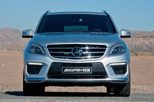 2012 Mercedes-Benz ML63 AMG front view