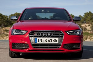 2013 Audi S4 front view