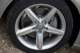 2013 Audi A4 wheel