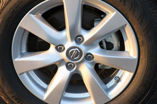 2012 Nissan Versa Sedan wheel