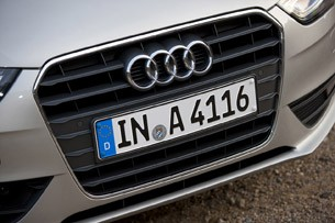 2013 Audi A4 grille