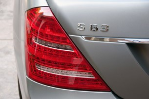 2012 Mercedes-Benz S63 AMG taillight