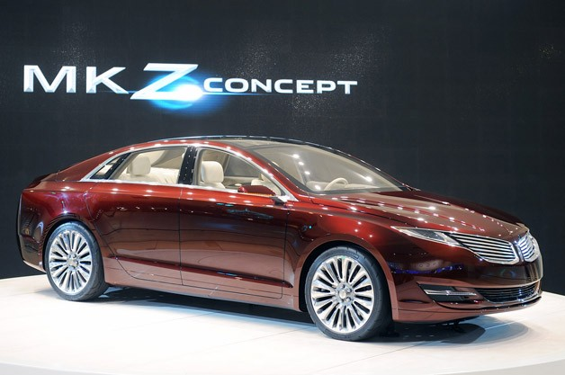 Lincoln MKZ Concept live in Detroit