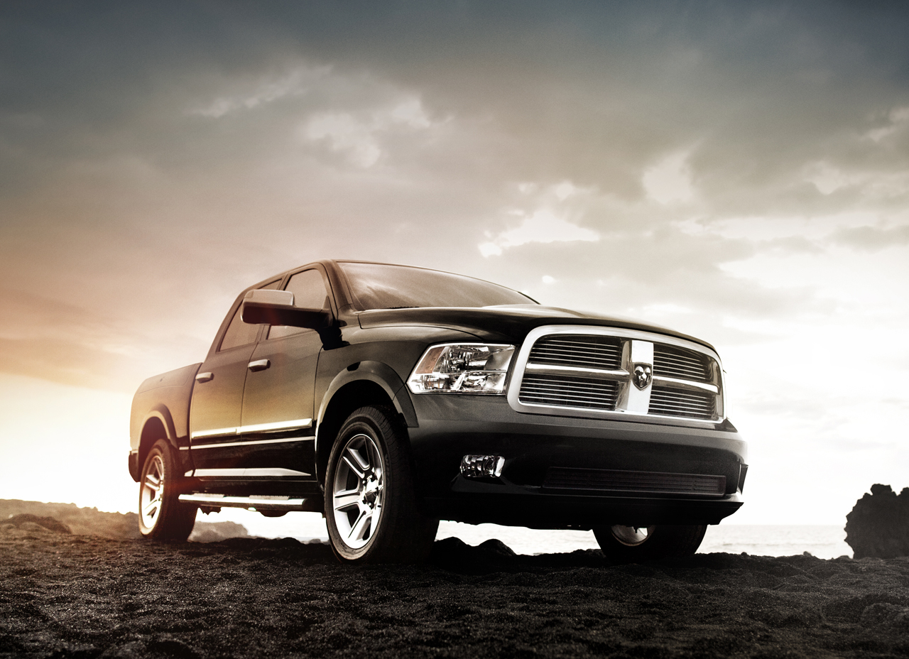 Commercial Truck Values >> Ram piles on the trimmings with new Laramie Limited for Chicago - Autoblog