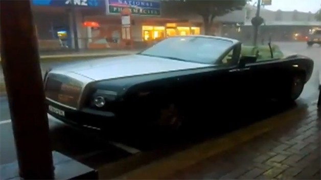 rolls royce phantom drophead 628 PSA: Leaving your Rolls Royce Drophead open in the rain could be a $100k mistake