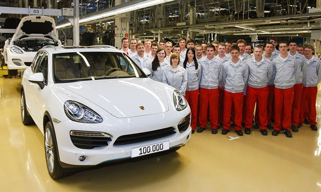 100,000 Porsche Cayenne built - second generation