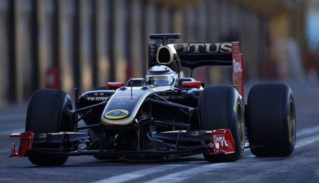 Kimi Raikkonen in Renault R30 at Valencia