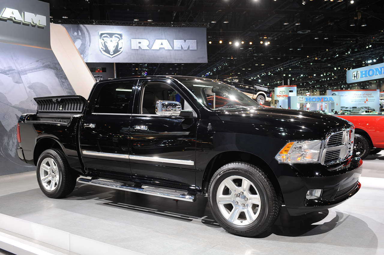 2012 ram laramie limited is one fancy truck autoblog - 2016 Dodge Ram Limited