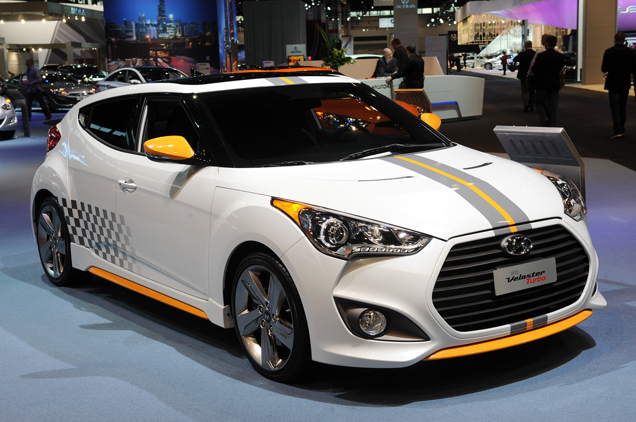 2013 hyundai veloster turbo w graphics package chicago 2012 photo gallery autoblog. Black Bedroom Furniture Sets. Home Design Ideas
