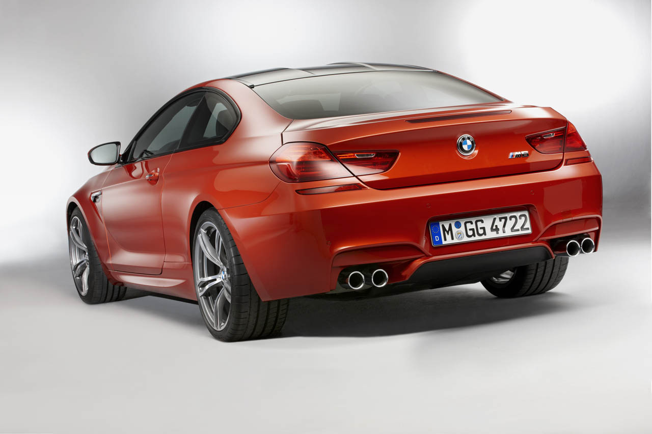 bmw debuts 560 hp twin turbo m6 manual option under consideration autoblog. Black Bedroom Furniture Sets. Home Design Ideas