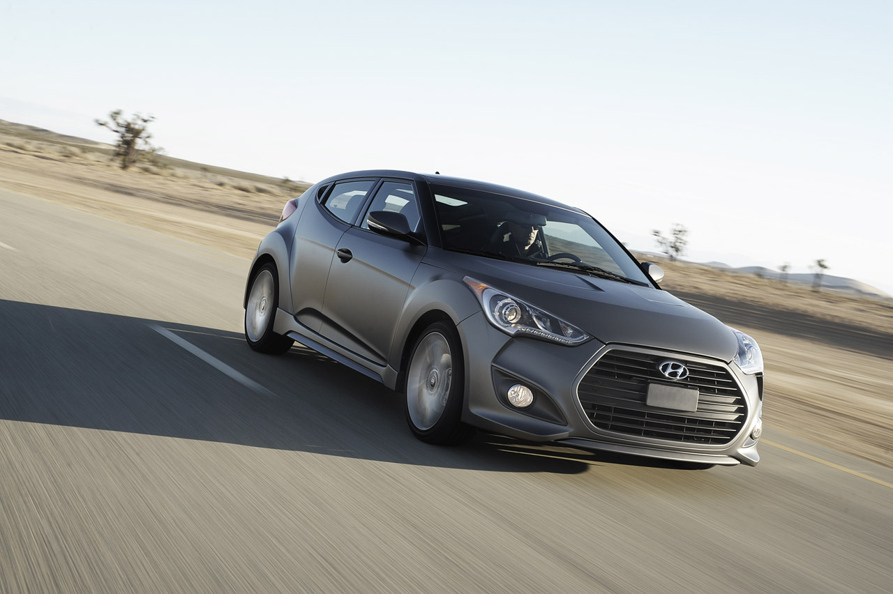 2013 hyundai veloster turbo photo gallery autoblog. Black Bedroom Furniture Sets. Home Design Ideas