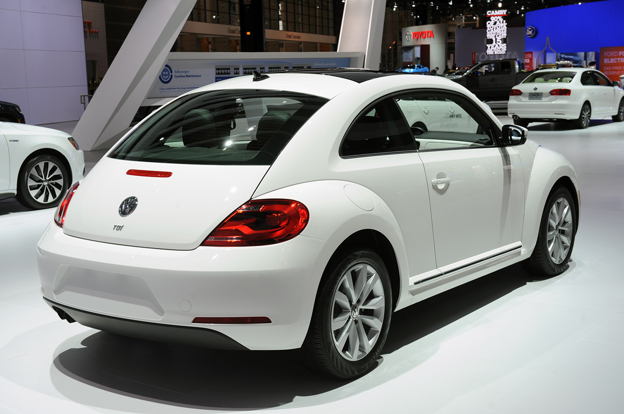 2013 volkswagen beetle tdi chicago 2012 photo gallery autoblog. Black Bedroom Furniture Sets. Home Design Ideas