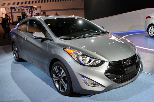 2013 hyundai elantra coupe 2013 Hyundai Elantra Coupe serves up space and style in equal measure