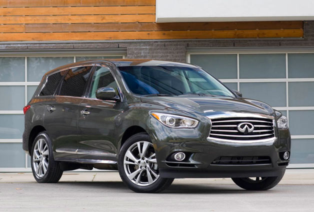 2013 Infiniti JX35 front three-quarter view