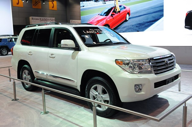 http://www.blogcdn.com/www.autoblog.com/media/2012/02/2013-toyota-land-cruiser-chicago.jpg