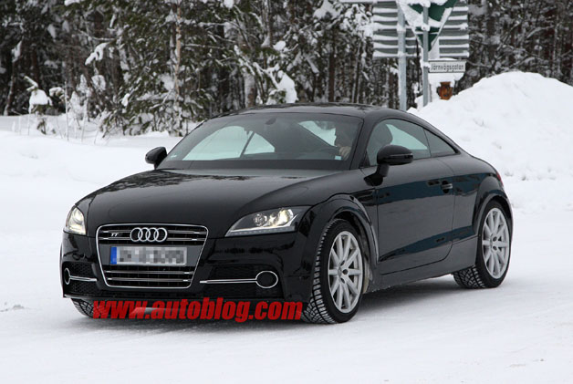 Next-gen Audi TT mule spy shot by CarPix