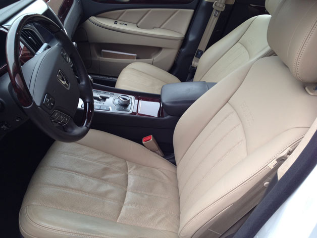 Long-term 2011 Hyundai Equus