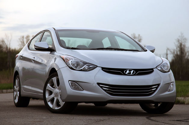 2012 Hyundai Elantra front three-quarter view