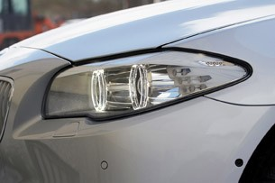 2012 BMW M550d xDrive headlight