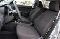 2012 Kia Soul Base 1.6L Eco front seats