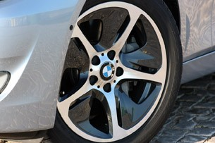 2013 BMW ActiveHybrid 5 wheel