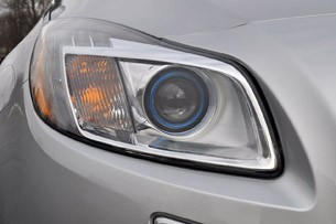 2012 Buick Regal GS headlight