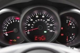 2012 Kia Soul Base 1.6L Eco gauges