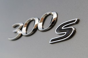 2012 Chrysler 300 S badge