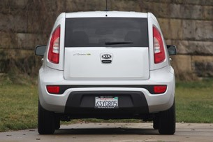 2012 Kia Soul Base 1.6L Eco rear view