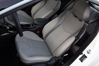 2012 Hyundai Veloster front seats