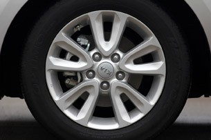 2012 Kia Soul Base 1.6L Eco wheel