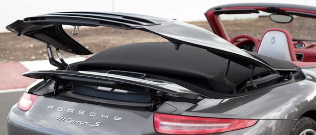 2012 Porsche 911 Cabriolet roof