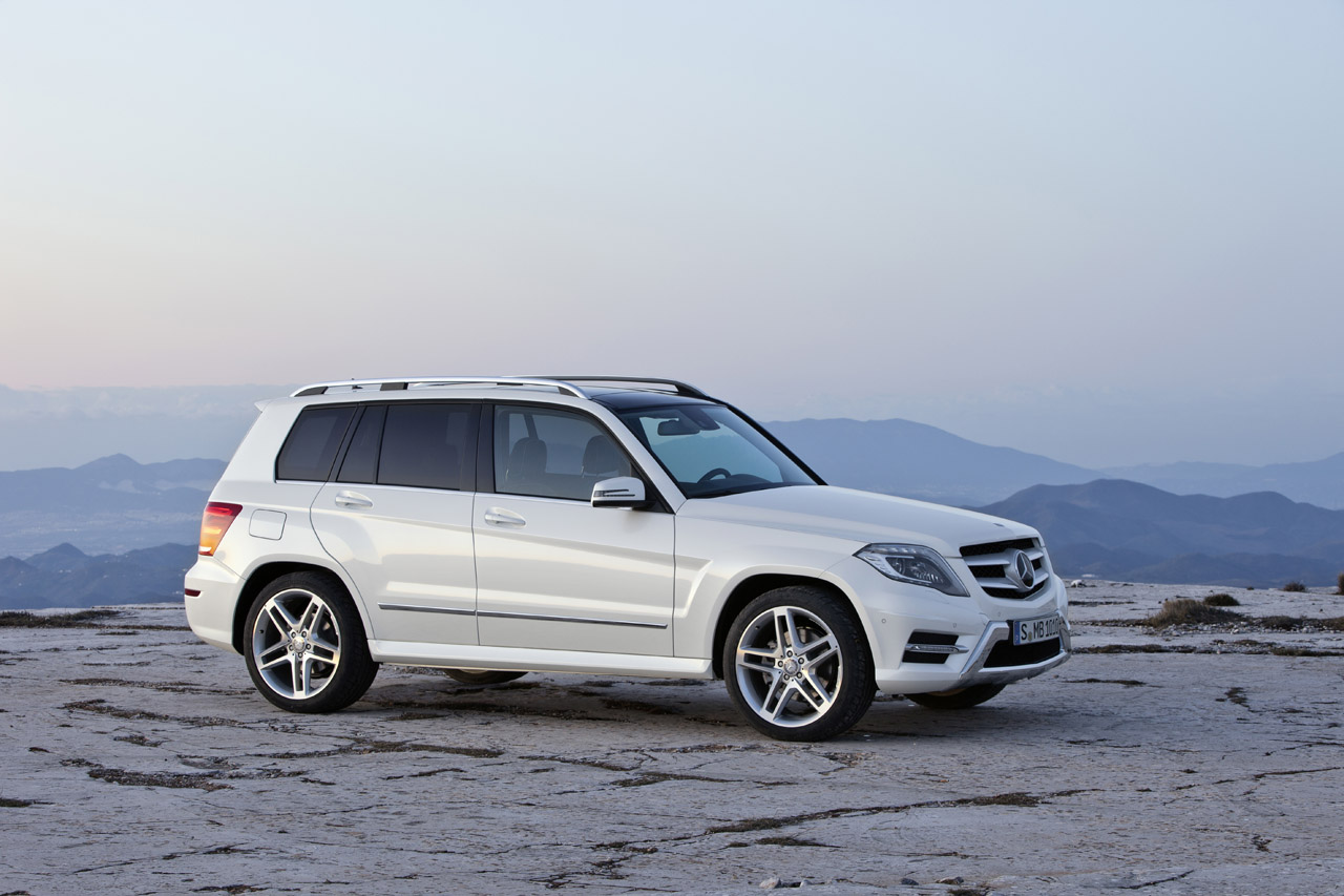 Mercedes benz glk gets facelift diesel option ahead of for 2012 mercedes benz glk class