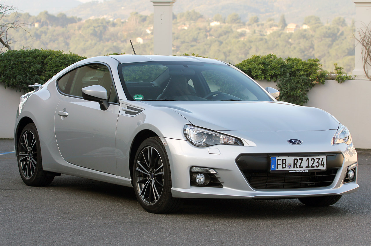 2013 subaru brz first drive photo gallery autoblog. Black Bedroom Furniture Sets. Home Design Ideas