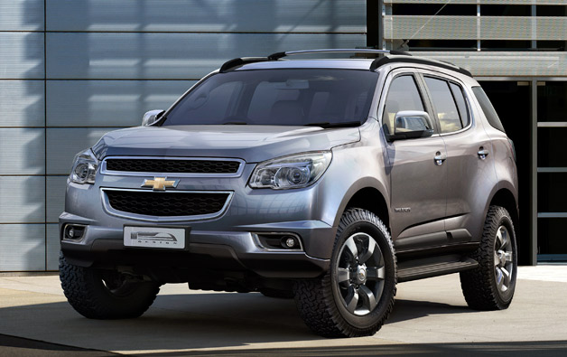 "Production 2013 Chevrolet TrailBlazer debuts, ""no plans"" for U.S"