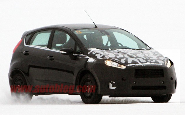 Ford Fiesta five-door spy shot