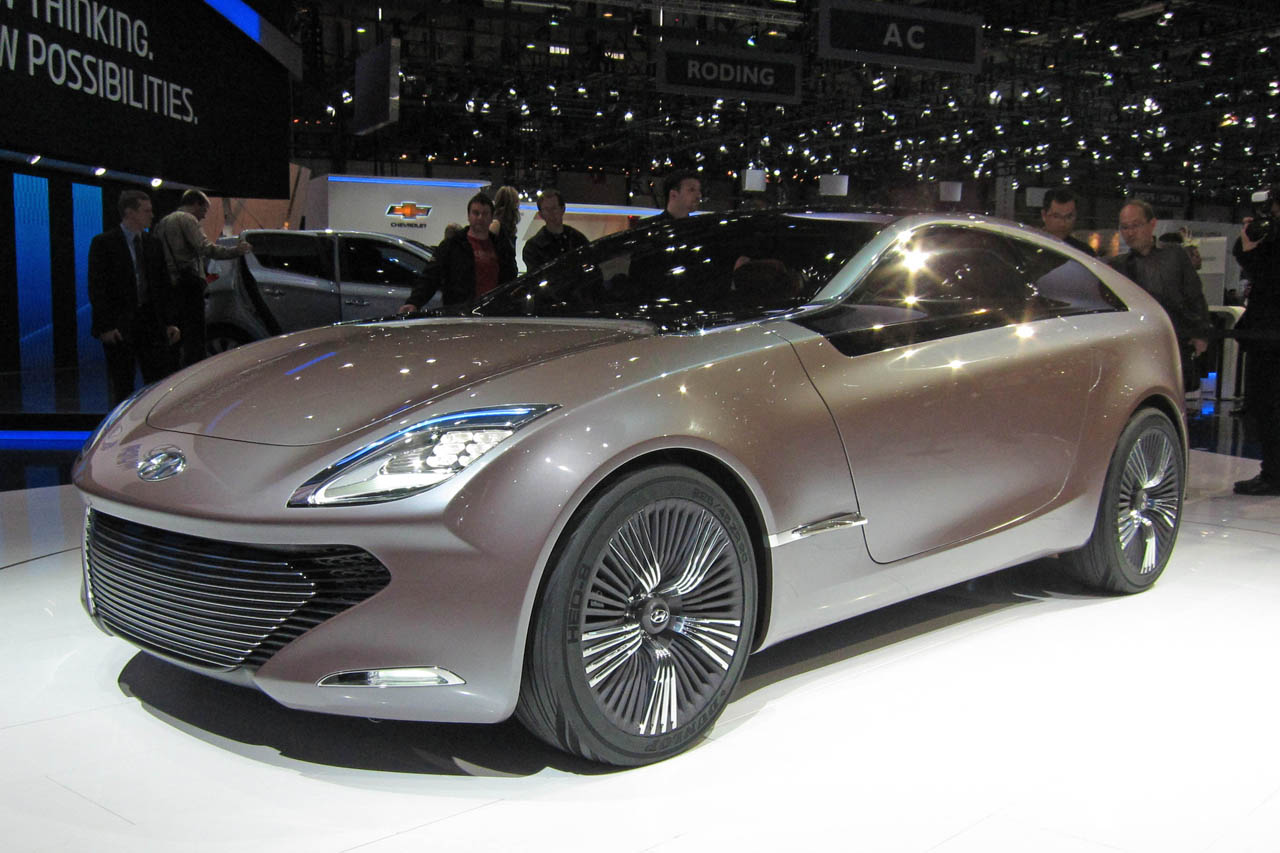 Hyundai I Oniq Concept Blends Series Hybrid With Shooting Brake Style Autoblog
