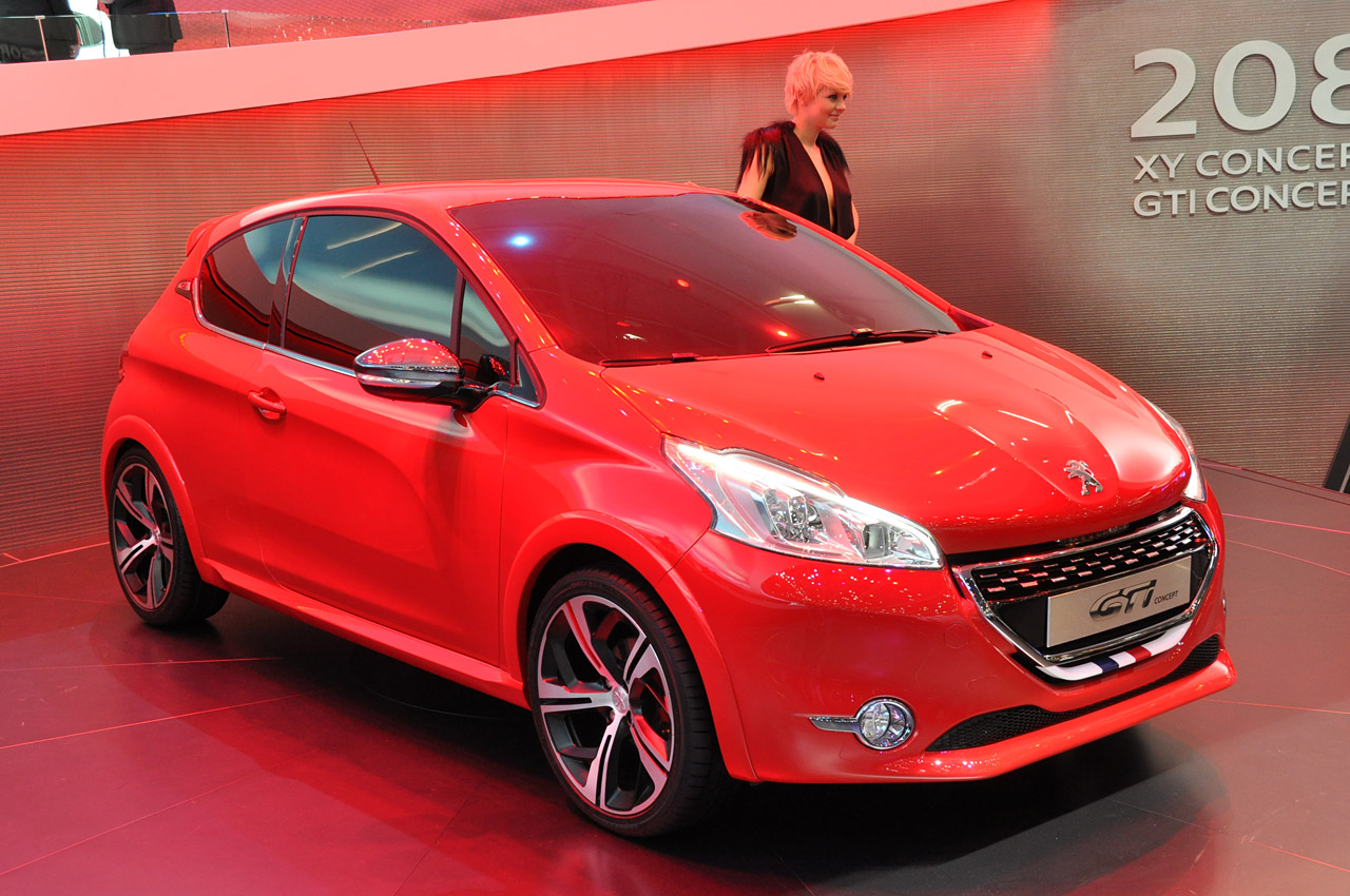 peugeot 208 gti concept geneva 2012 photo gallery autoblog. Black Bedroom Furniture Sets. Home Design Ideas