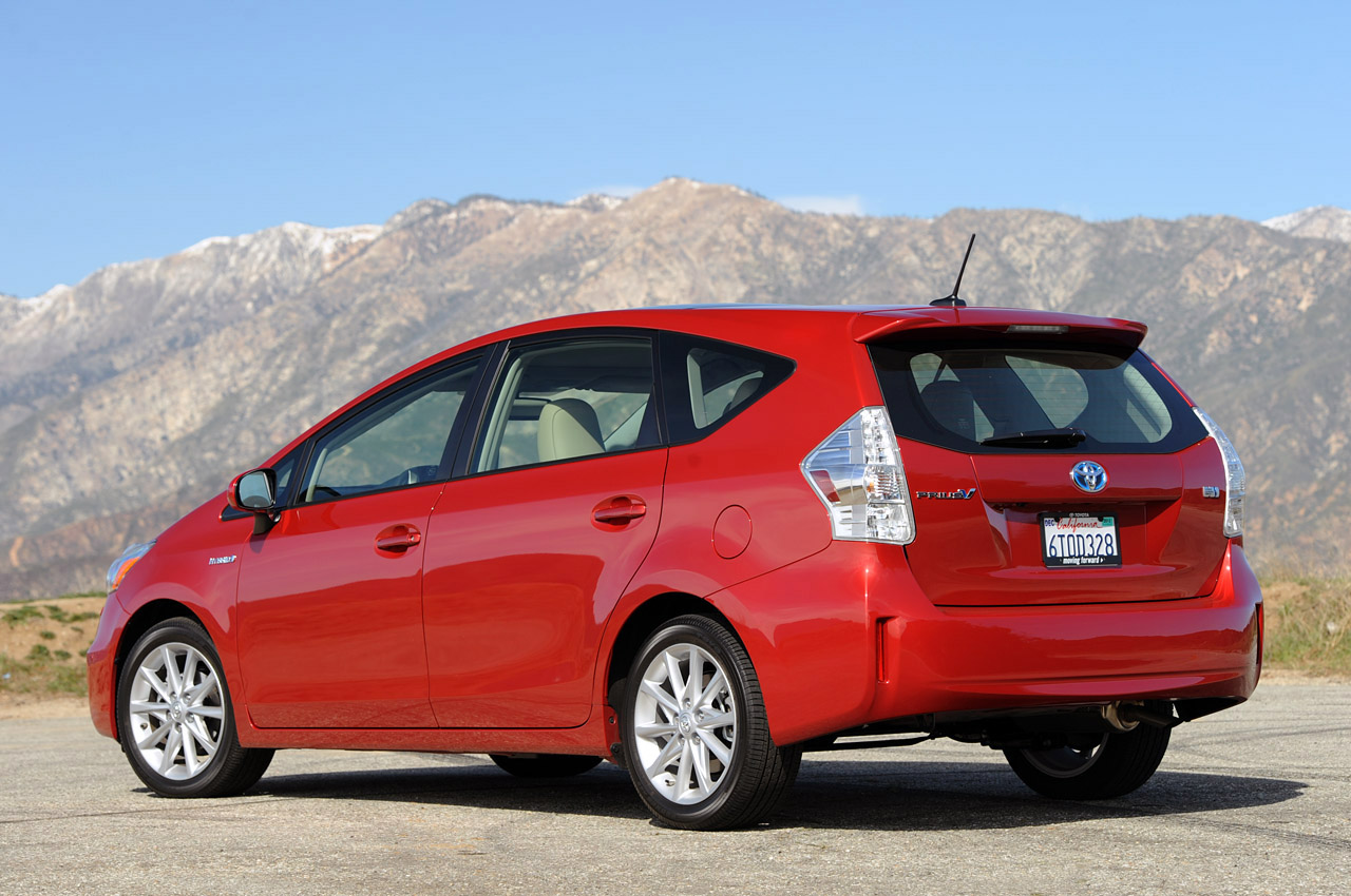 2012 toyota prius v review photo gallery autoblog