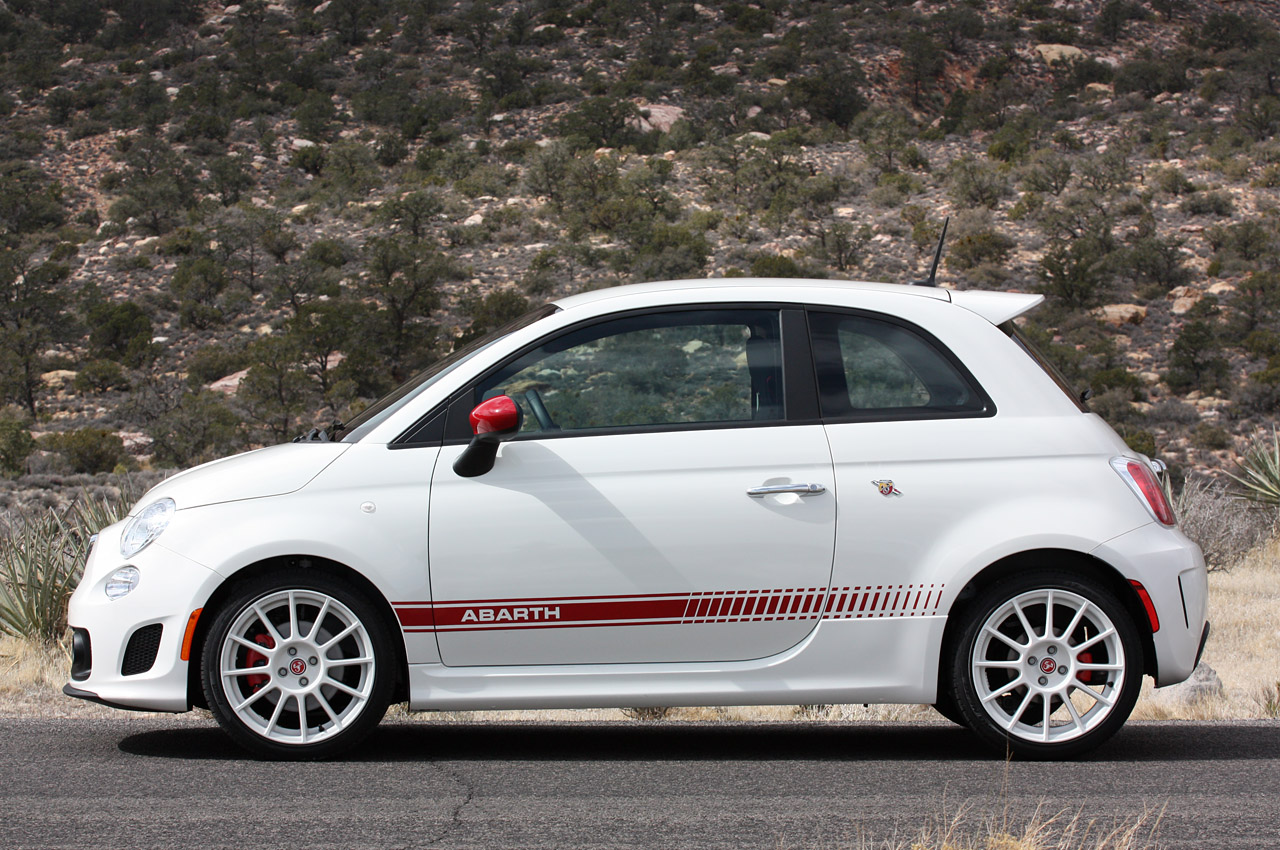 2012 fiat 500 abarth sold out autoblog. Black Bedroom Furniture Sets. Home Design Ideas