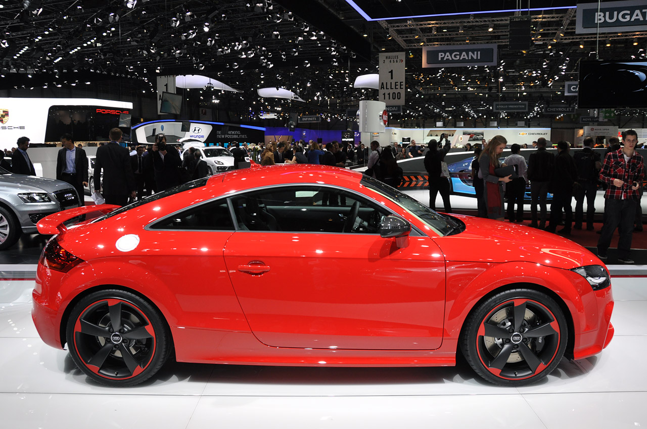 2012 audi tt rs plus is a diet we can live with autoblog. Black Bedroom Furniture Sets. Home Design Ideas