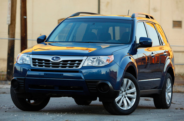 2012 Subaru Forester front three-quarter view